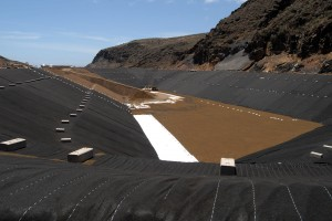 Central-hidroeolica-El-Hierro-deposito-inferior3